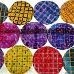 Galette en quadrillage avec pastels et encre + papier crépon froissé