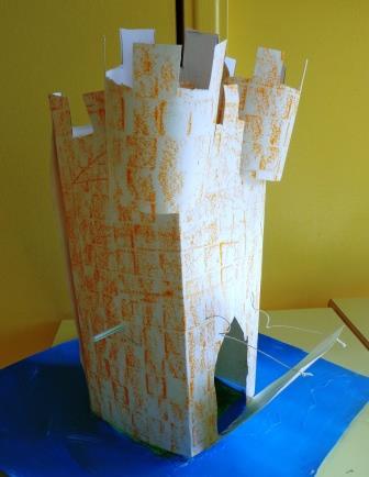 Construction d'un château en maternelle