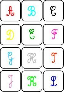 image jeu de mémory couleur des lettres cursives majuscules