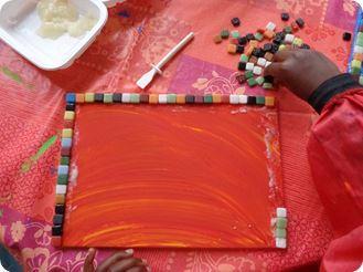 Fabriquer un plateau étape 2 coller la mosaïque