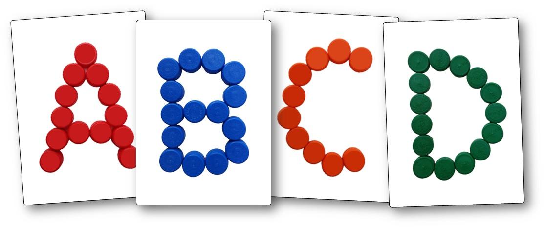 Modèles lettres avec des bouchons en plastique