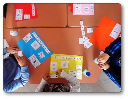Réaliser un livre des nombres en maternelle : élèves en activité