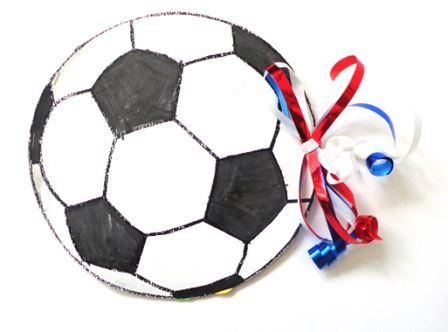 Une Carte En Forme De Ballon De Football Carte Ballon De Foot Pour La Fete Des Peres