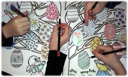 Coloriage géant collectif L'arbre de Pâques, Coloriage géant à imprimer de Pâques