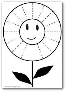 Découper une feuille de papier : la fleur